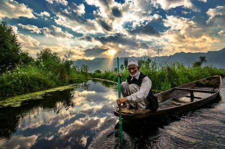 The Sailer by JagjitSingh