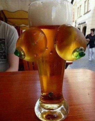 La bière la plus beauf du monde