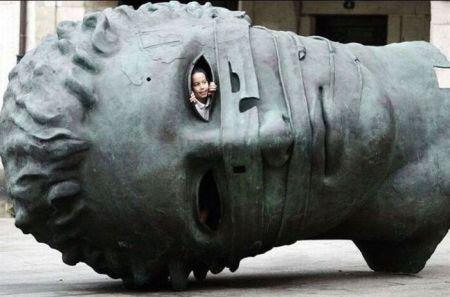 Statue 043
